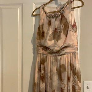 Gorgeous Eliza J floor length dress